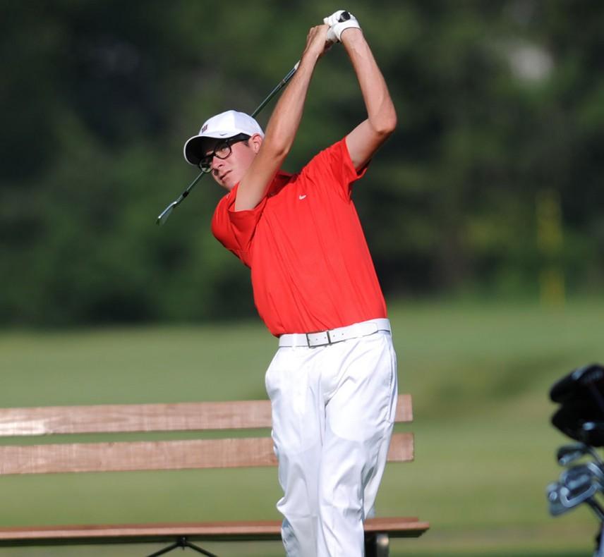 Colin Laszlo Golfing